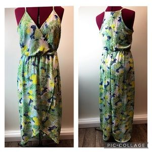 Scone Wrap dress with fruit and floral design M